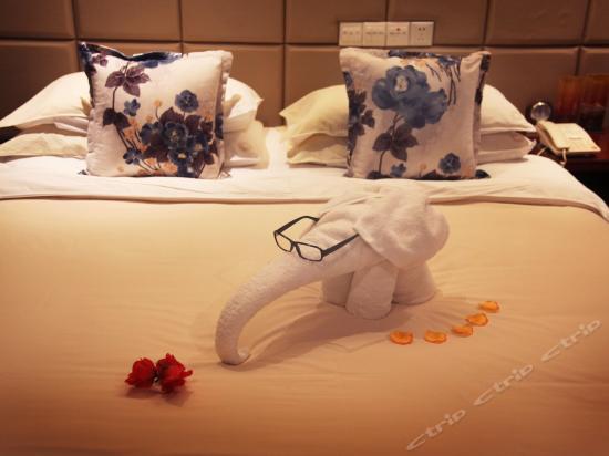 商务牡丹主题双床房