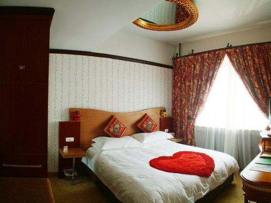 經典大床房