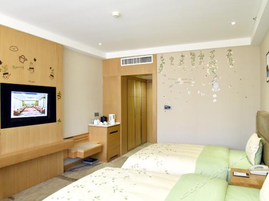 Guest Building Standard Twin Room