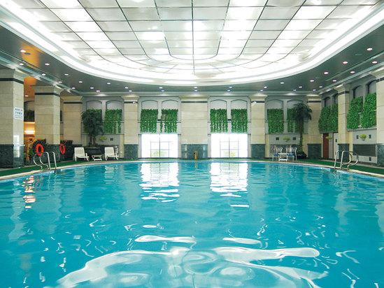 康乐游泳馆
