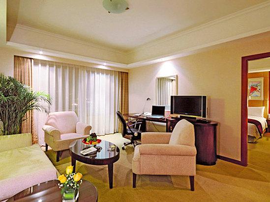 Standard Executive Suite