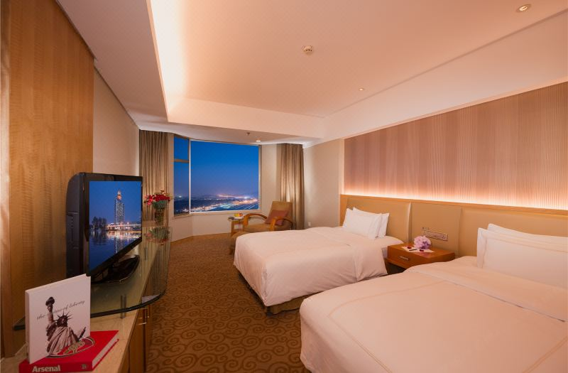 Standard Twin City-view Room