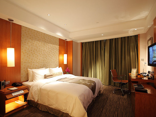 East Wing Deluxe Room