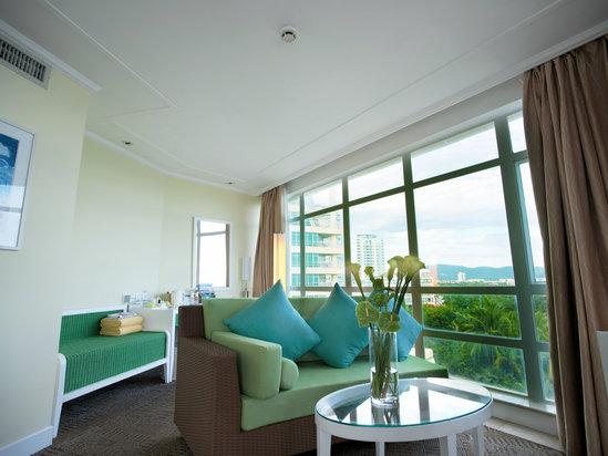 Panoramic Ocean-view Room