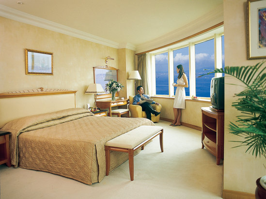 Executive Ocean-view Suite
