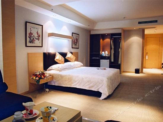 C座公寓樓商務大床房