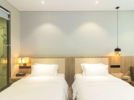 景致双床房