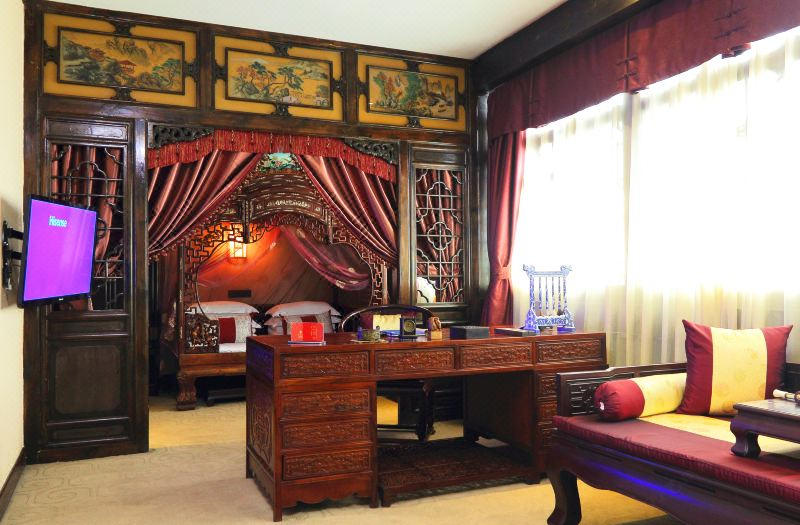 Executive Traditional bed Room