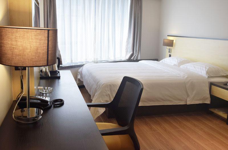 公寓豪華大床間