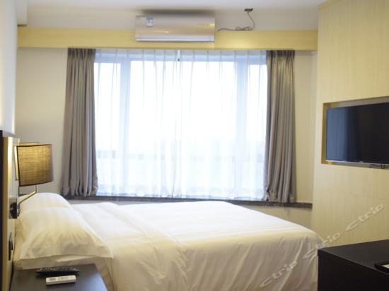 公寓高级大床间