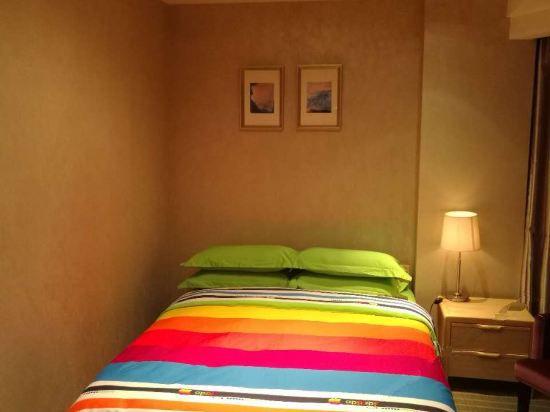 Comfort Family Room B
