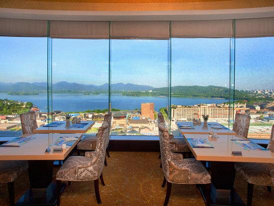 20F餐厅湖景