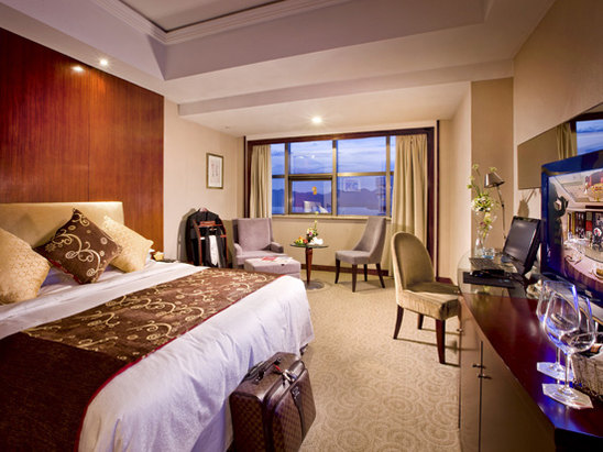 Business Lake-view Room
