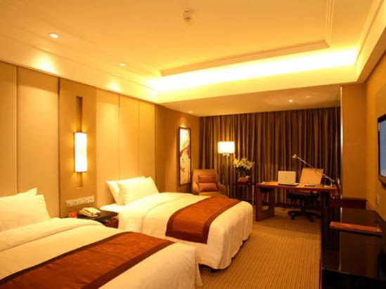 Crowne Plaza Superior Room