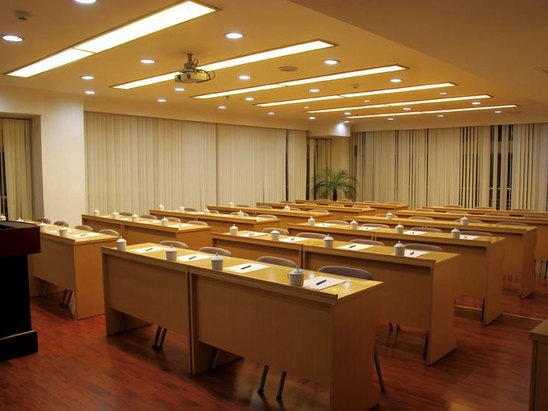 7F會議課桌式