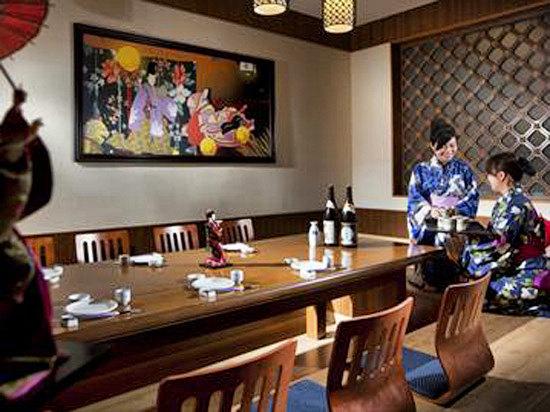 紫樱花日本料理