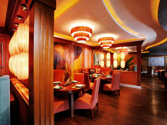 婆逻湾亚洲餐厅