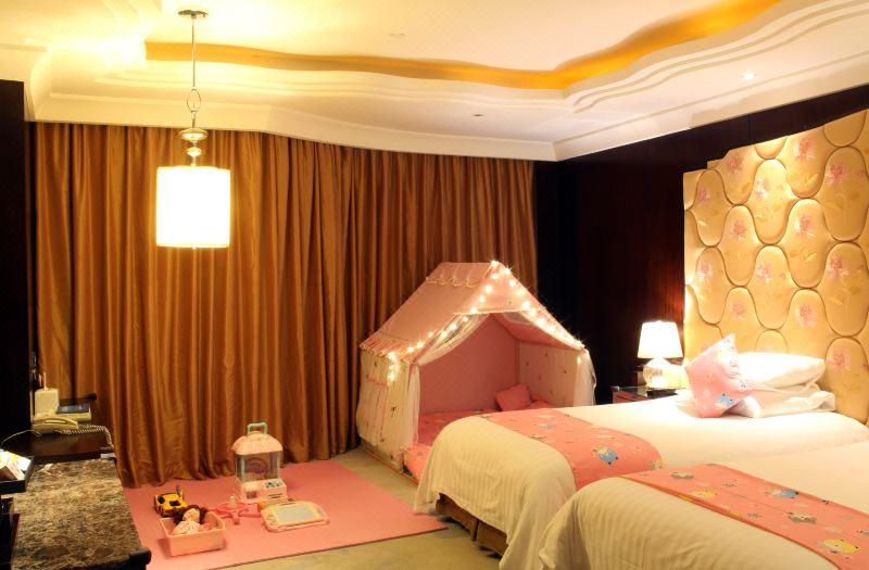 粉色記憶家庭房