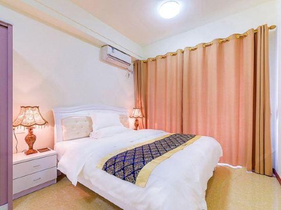 Cozy Queen Suite