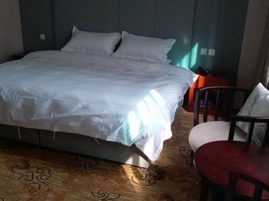 商務精選大床房