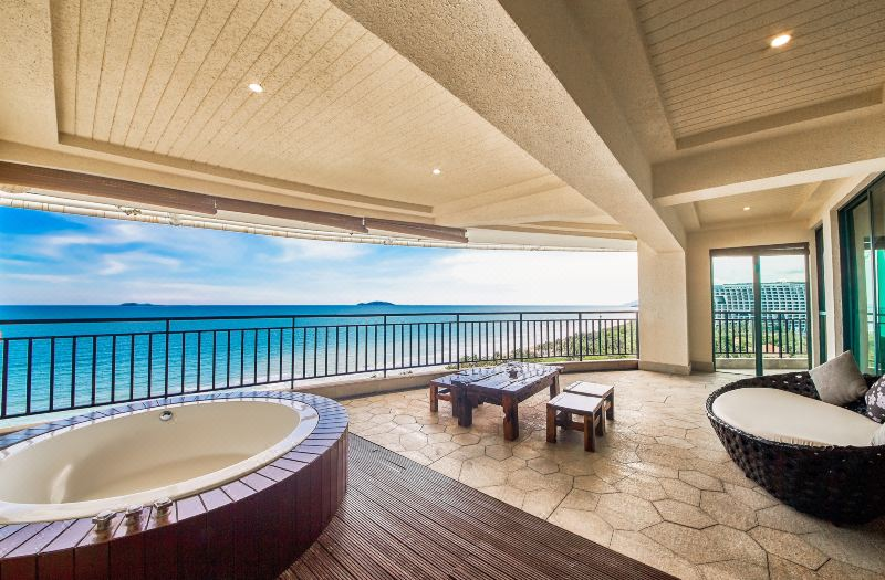 Full Ocean-view Multi-level Family Room