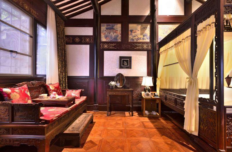 庭院两室套房