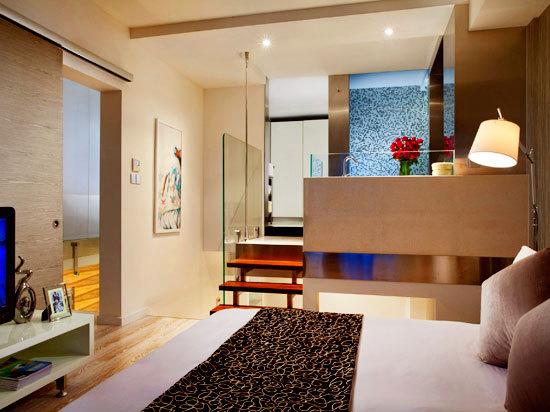 Luxury Multi-level  Two Bedrooms