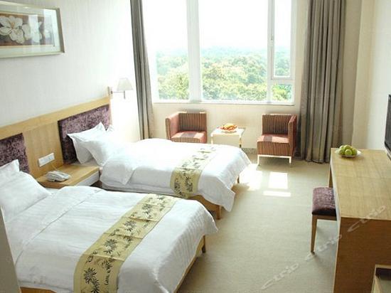 Standard Garden-view Room