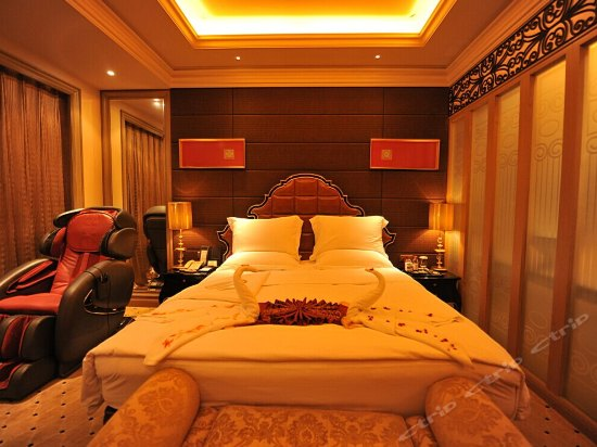 Comfortable Lijin River-view Room