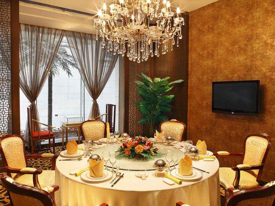 豪華中包DELUXE DINNING ROOM