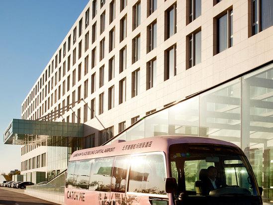 酒店粉色机场班车