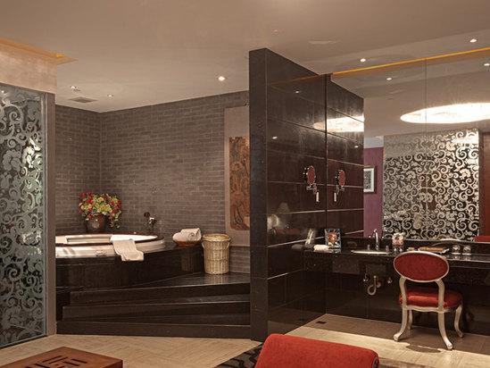 Duke Room