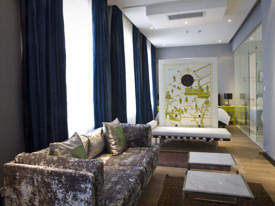 Grace VIP Suite
