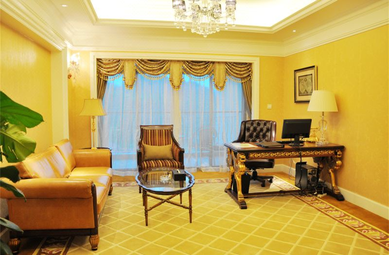 Deluxe Panoramic Suite