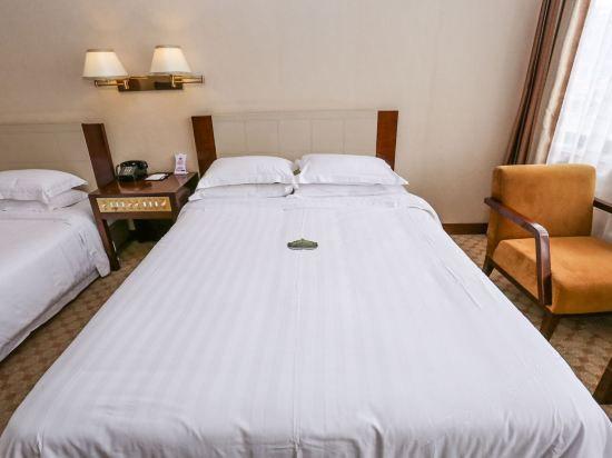 江景特大双床房