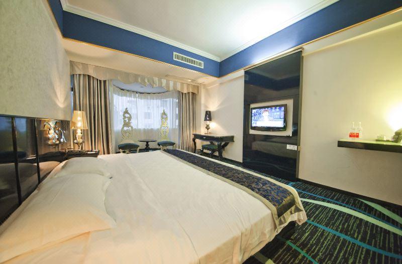 超级大床房
