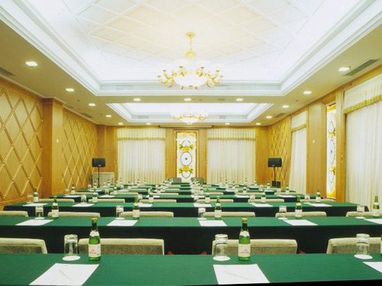 一层会议室