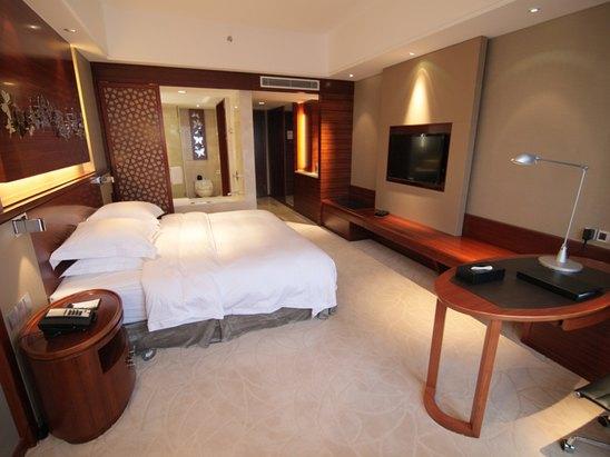 高级观景大床房