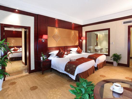 高级园景双床房