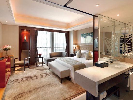 Liya Room